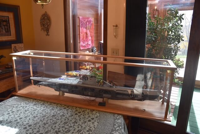 Jim Farrens German Submarine U-552 scale model build