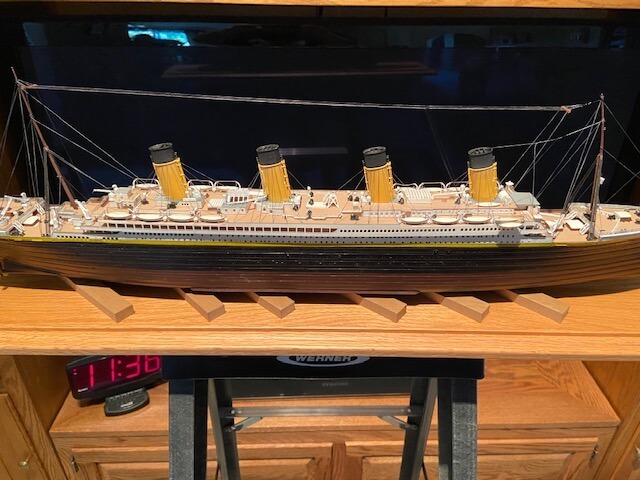Titanic Model Ship Minicraft 1:350