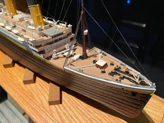 titanic ron baluch custom display case 5