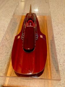 speed-boat-display-case