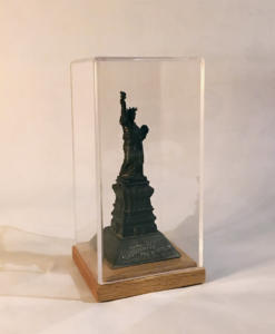 statue-of-liberty-display-case