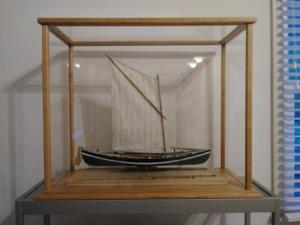 whaling-ship-2-custom-display-kit