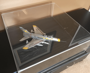 airplane-display-case-1