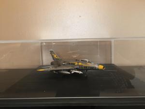 airplane-display-case-black-flat-base-2