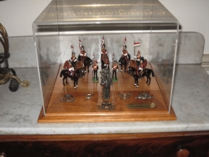 army-miniature-display-case-3