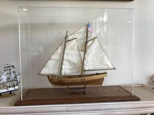 Swift model ship display case